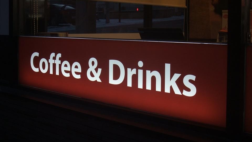 コーヒーショップの看板
